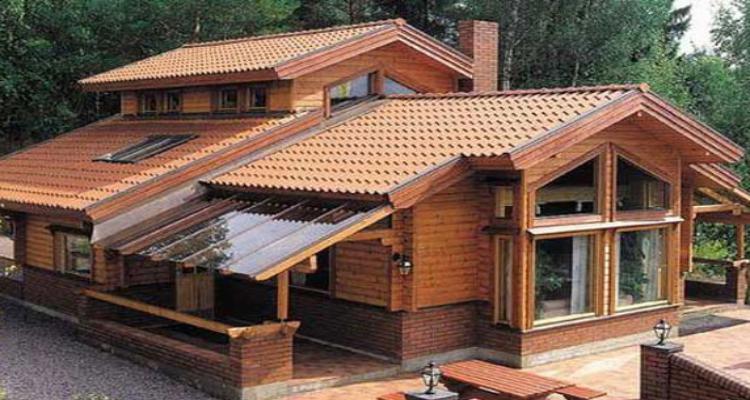 Como é feito a construção de uma casa de Madeira